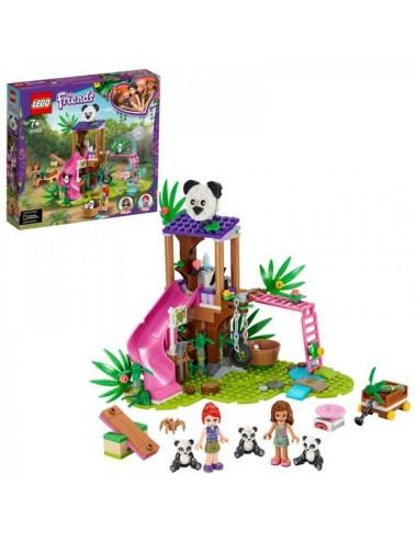 Casa Del Árbol Panda En La Jungla